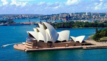 Театр в Австралии